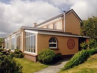 Lios Dána Lodge - Great for Large Groups - Annascaul vacation rentals