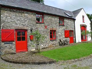 Charming 3 bedroom House in Llanreithan - Llanreithan vacation rentals