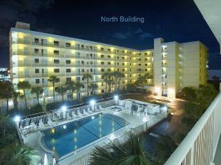 vacation rentals apartments in cocoa beach flipkey rh flipkey com cocoa beach rentals homes cocoa beach cabin rentals