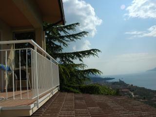 Apartment Casa Prea two bedrooms - Malcesine vacation rentals