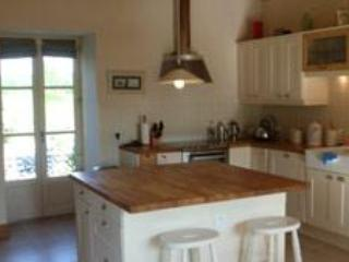 Nice Cottage with Internet Access and Dishwasher - Sartilly vacation rentals