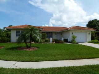 Escape to Marco Island and Walk to the Beach - Marco Island vacation rentals