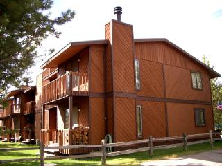 4 bedroom in-town Townhome, Angler's Rest - West Yellowstone vacation rentals