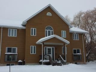 Stay At Blue Mountain- Executive Chalet Accommodation - Blue Mountains vacation rentals
