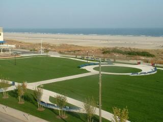 The BEST in the CREST!  Reserve Prime Time 2015! - Wildwood Crest vacation rentals