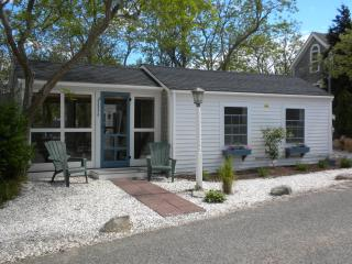 Cozy Vacation Cottage Steps to Cape Cod Bay Beach - Eastham vacation rentals