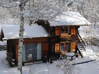 Romantic Chalet in Chamonix with Internet Access, sleeps 4 - Chamonix vacation rentals