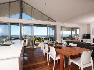 5 bedroom House with Deck in Penneshaw - Penneshaw vacation rentals