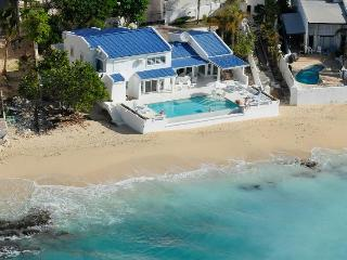 Caribbean Blue at Pelican Key, Saint Maarten - Beachfront, Amazing Sunset View, Perfect For A Family - Pelican Key vacation rentals