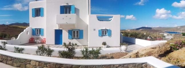 Blue Cactus Villas: New, Modern, Fully-Equipped - Mykonos Town vacation rentals