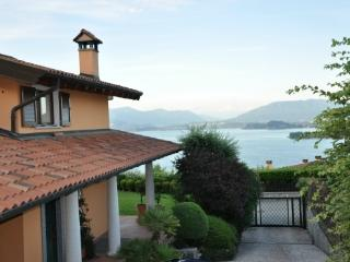 Casa Meina vacation holiday villa casa house rental italy, lake maggiore, lake district, vacation holiday villa casa house to re - Lake Maggiore vacation rentals