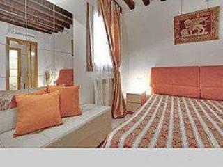 2960 Ca Frari Apartment Real Venice Centre 6 Beds - Venice vacation rentals