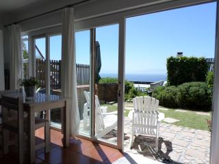 Lovely Condo with Internet Access and Patio - Simon's Town vacation rentals