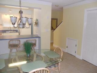 Wonderful Waterfront Townhome with 2 Bedrooms in Panama City - Panama City Beach vacation rentals