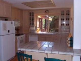 Kitchen - Duff - Truckee - rentals