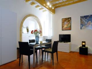 Giulia 2 - Rome vacation rentals