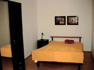 Vacation Apartment in Eppelheim - 570 sqft, comfortable, good transport links, close to Heidelberg (#… - Eppelheim vacation rentals