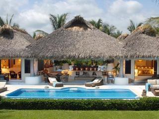 Dreamlike Oceanfront Villa,  Puerto Escondido - Puerto Escondido vacation rentals