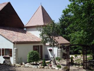 Wonderful Cottage with Balcony and DVD Player - Haute-Vienne vacation rentals