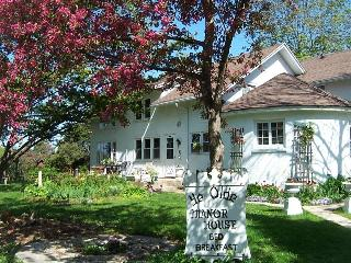 Ye Olde Manor House Bed and Breakfast - Elkhorn vacation rentals