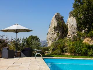 Charming B&B between Cassis and Aix en Provence - Auriol vacation rentals