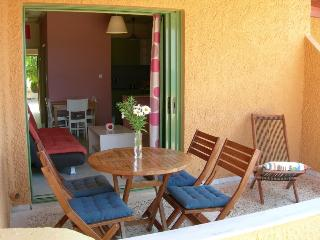 Seafront holiday apartments in Messinia near Pylos and Olympia - Marathopoli vacation rentals
