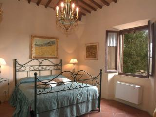 Siena San Fabiano suite in farmhouse - Siena vacation rentals