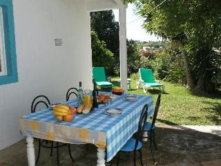 Casa Jardim - charming 2 bed cottage with garden. - Lagos vacation rentals