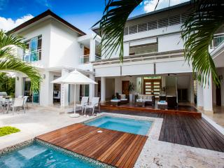 5-Star Luxury Villa in Cocotal Golf & Country Club - Punta Cana vacation rentals