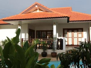 Lovely pool villa on Long Beach, Koh Lanta - Ko Lanta vacation rentals