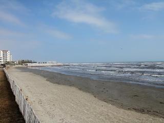 Beachfront Seascape 2BR 2BA Sleeps 8 NEW LISTING!! - Galveston vacation rentals