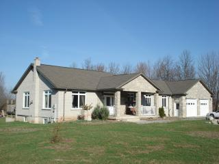 G.C.H Get Away - Niagara Falls vacation rentals