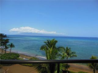 Bright 3 bedroom House in Kahana - Kahana vacation rentals