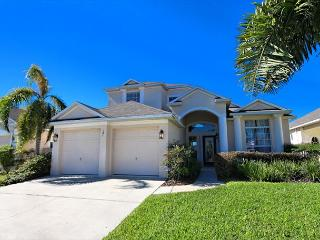 CITRUS RIDGE: 5 Bedroom Home with Pool Area Overlooking Palm and Orange Trees - Davenport vacation rentals