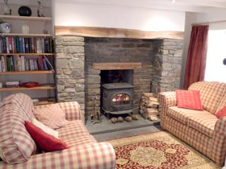 Pet Friendly Holiday Cottage - Milk Wood Cottage, Laugharne - Laugharne vacation rentals