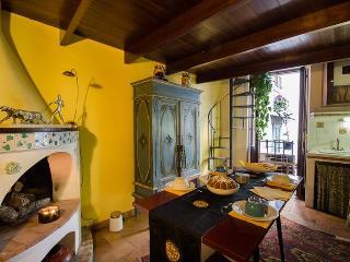 Pillowapartments Piazza Navona Stylish Apartment - Rome vacation rentals