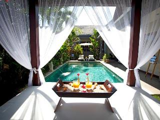 Nice House with Deck and Internet Access - Canggu vacation rentals