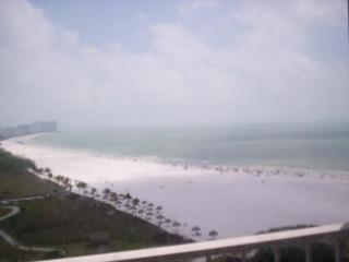 Beautiful beach View - Stunning views of the beach and Gulf of Mexico ! - Marco Island - rentals