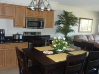 Kitchen - Beautiful Kitchen and great Resort amenities will ensure a Wonderful Vacation - Marco Island - rentals