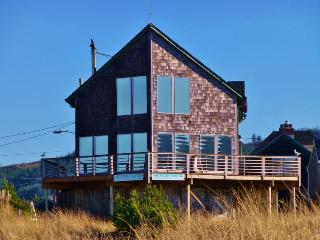 The Hayes Beach House - Seaside vacation rentals
