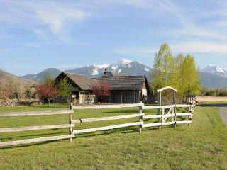 Yellowstone River Haven - Pray vacation rentals