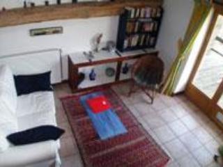 "EN LA MARRE APARTMENT ""ALIGOTE"" - BURGUNDY - Couches-les-Mines vacation rentals"