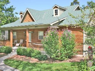 Rustic Elegance - Pet Friendly - 2br/2ba Lodging  - Table Rock Lake - Branson - Branson vacation rentals