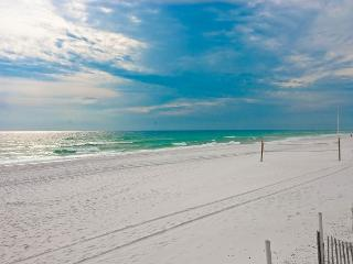 BEACHFRONT CONDO FOR 6!  15% OFF  FOR MARCH STAYS BOOK NOW!!! - Fort Walton Beach vacation rentals