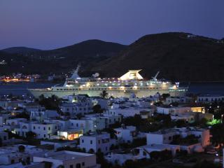 Sunny 10 bedroom Patmos Condo with Internet Access - Patmos vacation rentals
