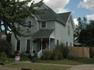 The Berg House - Elegant City Living - Saint Paul vacation rentals