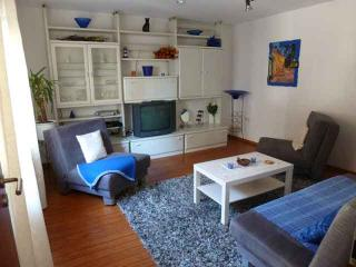 Vacation Apartment in Wetzlar - 700 sqft, completely furnished, quiet location, W-LAN (# 2631) - Wetzlar vacation rentals