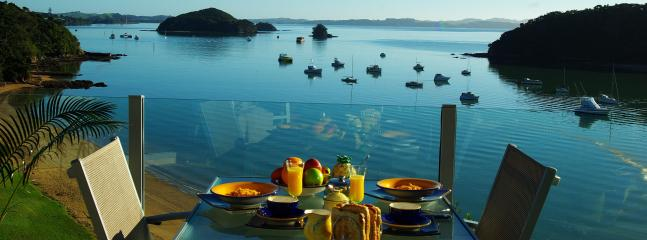 Breakfast view - Allview Lodge B&B Suites, Absolute Waterfront - Paihia - rentals