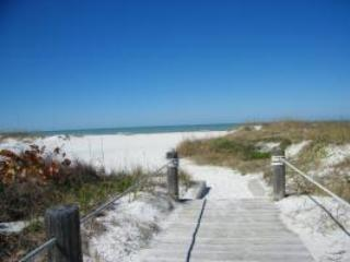 Beachside Villa - Image 1 - Clearwater Beach - rentals