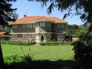 Murangi House - Luxury near Nairobi National Park! - Nairobi vacation rentals